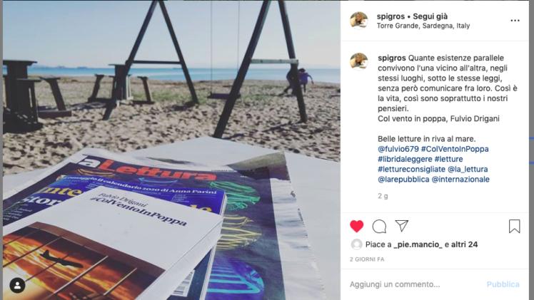 Anche d'inverno, c'è chi legge il mio libro in spiaggia :-)